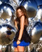 http://thumbnails18.imagebam.com/10981/159579109807539.jpg