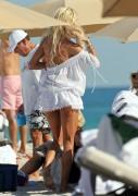 Виктория Сильвстед, фото 1504. Victoria Silvstedt - in sexy bikini on the beach in Miami 30/12/11, foto 1504