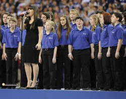 Kelly Clarkson singing National Anthem at Super Bowl XLVI 2/5/12 *31 HQ stills*